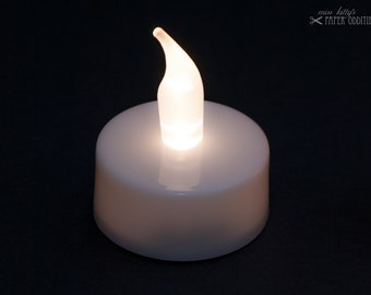 LED tealight with white flame