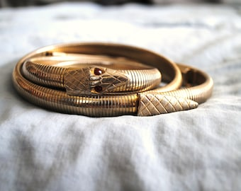 Incredible Gold Stretchy Snake Belt with Ruby Red Eyes, 1970s belt