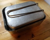 Vintage WWII BRITISH Military issue Mess kit - Aluminum - Mid century - camping gear - rounded rectangle kit