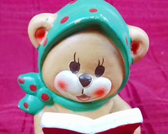 Vintage Napco Napcoware Figurine Christmas Caroler Bear Green Scarf #562 Japan