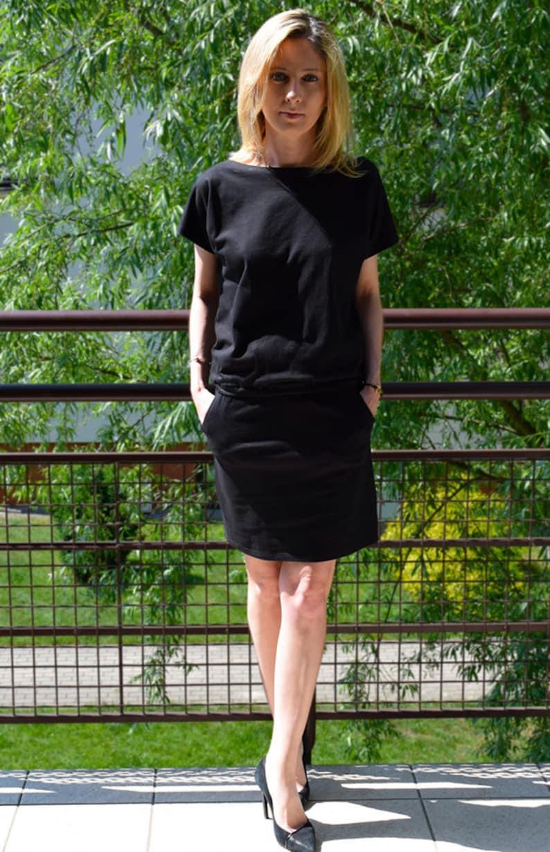 5278a8f67a Sisters Sukienka Iron Czarna   bawełniana sukienka mini   mała