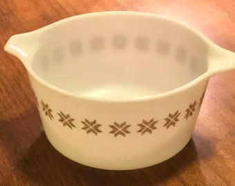 Vintage Pyrex 1960s TOWN & COUNTRY Cinderella Casserole Dish Bowl 1 Quart #473