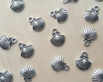 Shell Antique Silver Tibetan Style Pendant / Charm Set of 5pcs \ 10pcs