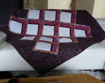 Plaid sofa throw Quilt by the treasures of Pabanal Dalhias