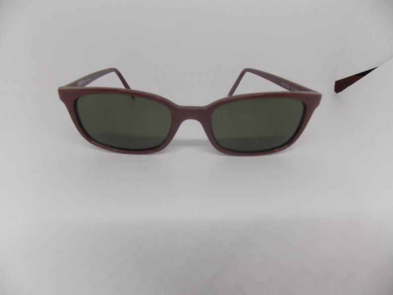 From Range Vintage Versus Glamour Versace Gianni Sunglasses The 1950s Inspired Design 0nwOP8kX