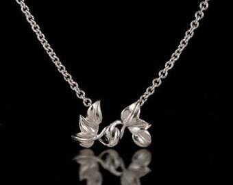 6 leaves pendant