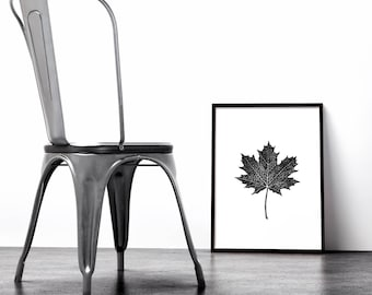 Maple Leaf Poster, Autumn, Instant Download, Thanksgiving printable wall art, Fall decor, Halloween wall prints, Downloadable print