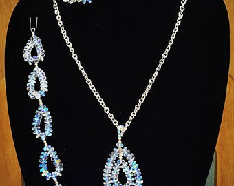 Teardrop Jewelry Set