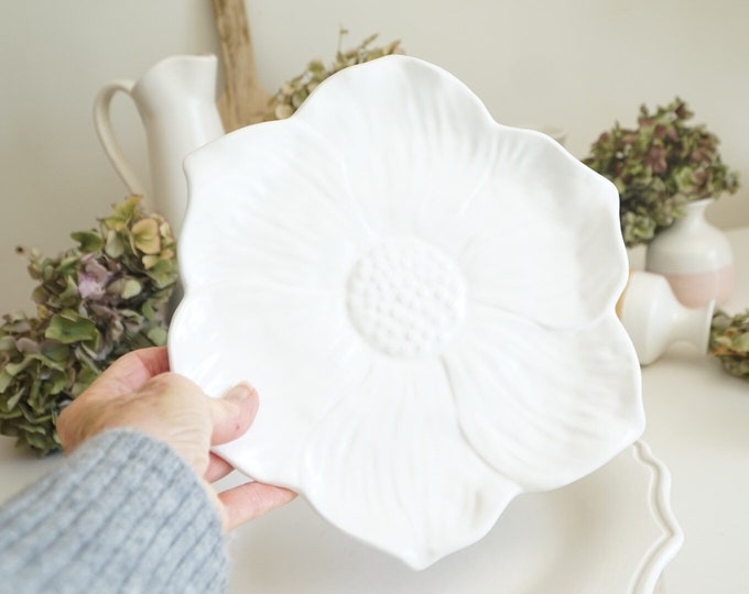 Sunflower Salad Plate, Salad Plate, Dessert Plate, Ceramic Plate, Sunflower Dish, White Dishes, White Dinnerware, Cottage Plates