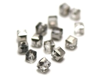 "20/60 Crystal beads ""cube"" 4 x 4 mm clear silver"