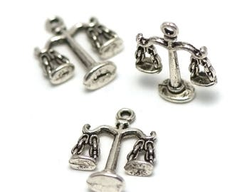 """4 charms has """"3 D"""", 22 x 18 x 6 mm, silver, 033"""