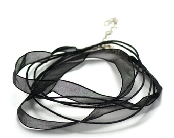 4 10 mm black organza Choker