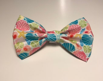 "Summer Collection - ""She sells, sea shells"" Bow Tie"