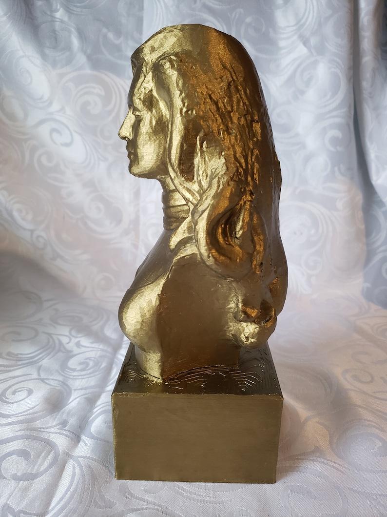 Dalida Bust