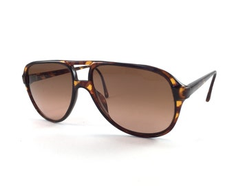 9574c9b30e1 70s Sunglasses Kanye West Aviator Sunglasses Retro Sunglasses Terri Brogan  Aviators Celebrity Sunglasses Vintage 8817