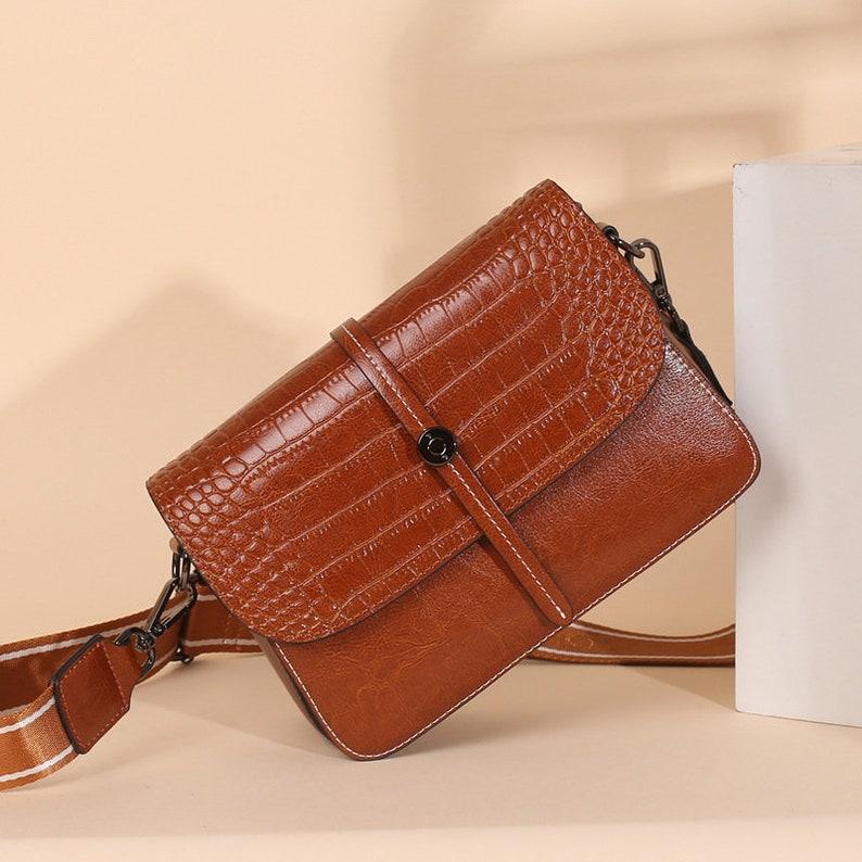 Women Leather Shoulder Bag Vintage Style Natural Cowhide Messenger Bag Christmas Gift For Her Top Grain Leather Croc Embossed Crossbody Bag
