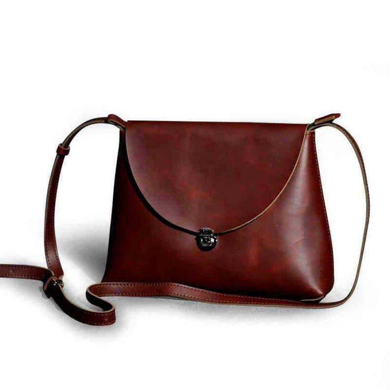 74521e7e02c06 Vintage-Tasche rote Tasche Schultertasche Vintage