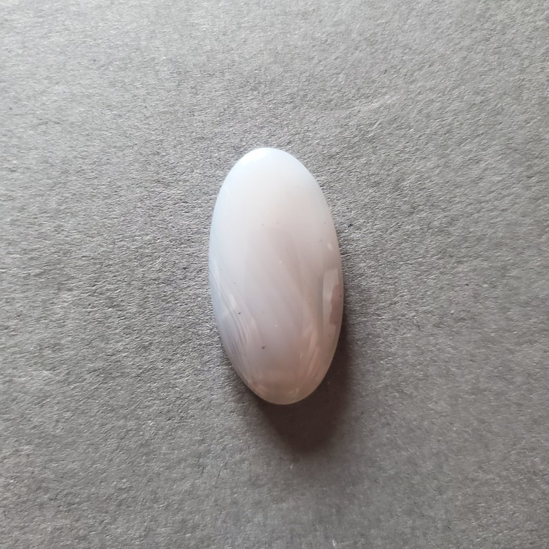 Agate with Parallax Cabochon Hand Cut Designer Cabochon Oval Shape