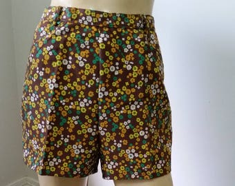 Love these 1970's hot pants