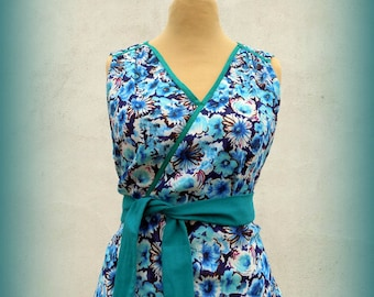 tunic top faux wrap - blue flowers - T42 - Japanese style