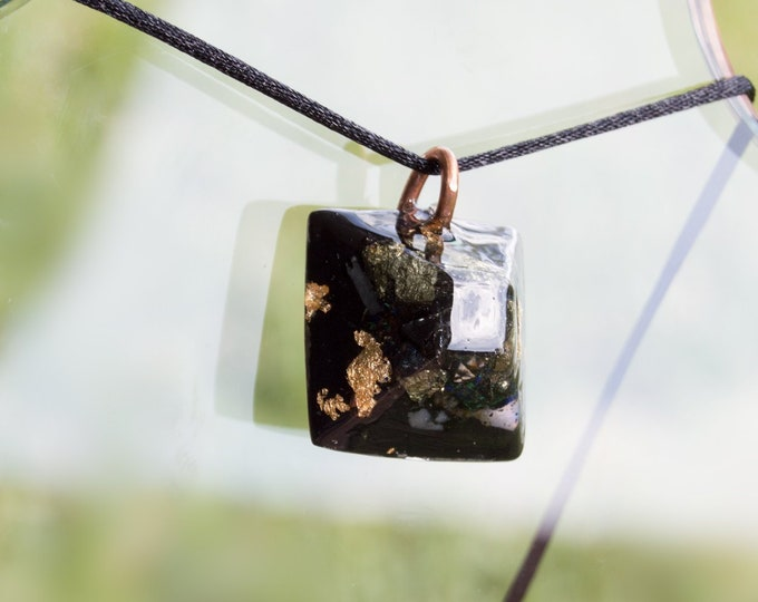 Orgonite®  Elite Shungite, Azurite, Black Tourmaline - Orgone Necklace - EMF shield - 528hz Solfeggio