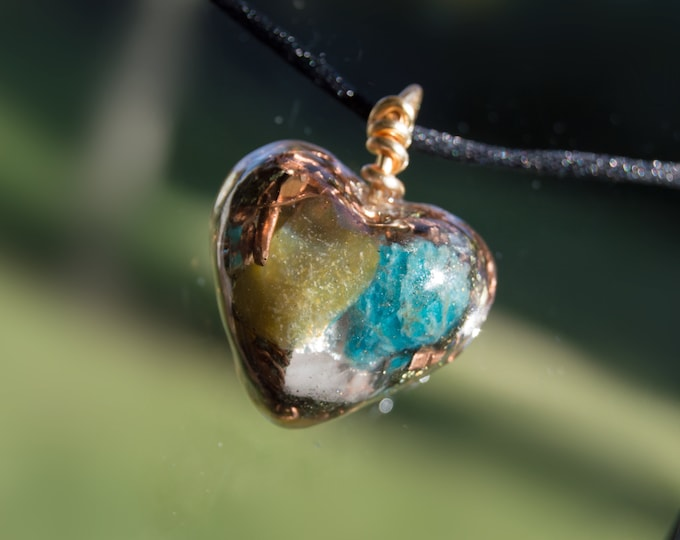 Orgonite® Pendant with Apatite, Green Opal - 528hz  attuned - Pleiadian EMF shield Reiki Infused Orgone Necklace