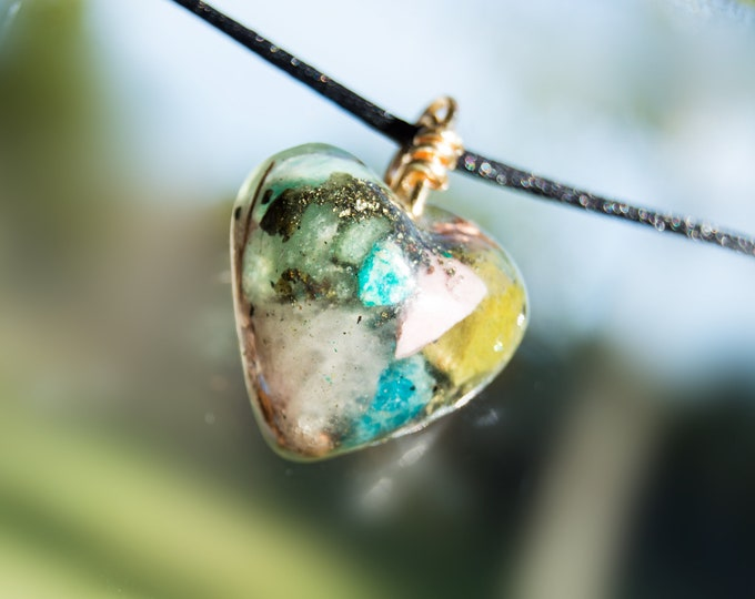 Orgonite® Pendant with Apatite, Pink Opal, Green Opal - 528hz  attuned - Pleiadian EMF shield Reiki Infused Orgone Necklace