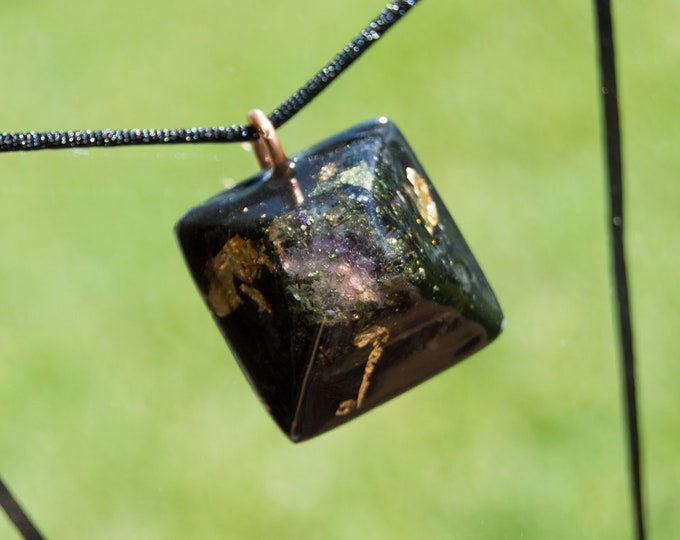 Orgonite® Uruguay Amethyst, Elite Shungite, Black Tourmaline - Orgone Necklace - EMF shield - 528hz Solfeggio