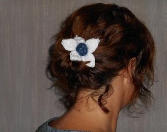 knitted flower scrunchie