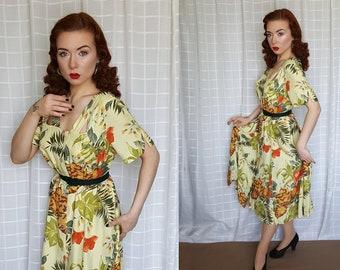 815e2fec3501 Vintage 1940s 1950s style floral swing dress - vintage 80s does 40s yellow  green flower print dress - 40s 50s swing summer dress - UK 8 - 12