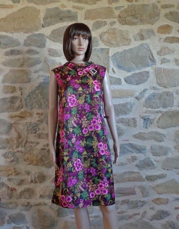 50s dress with tropical blossom print, rhinstone b