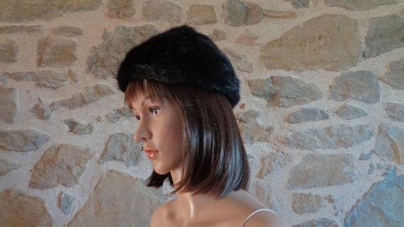 Black faux fur hat with leather crown, vintage Fre