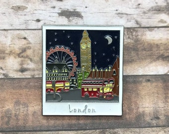 London At Night Polaroid Enamel Pin | Travel, Wanderlust, England, UK || Stocking Filler Gift | Lapel Pin, Badge |