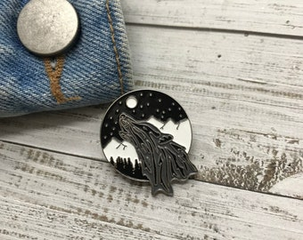 Wolf Howling to Moon Enamel Pin | Wanderlust, Mountains Badge | Gift | Lapel Pin, Badge |