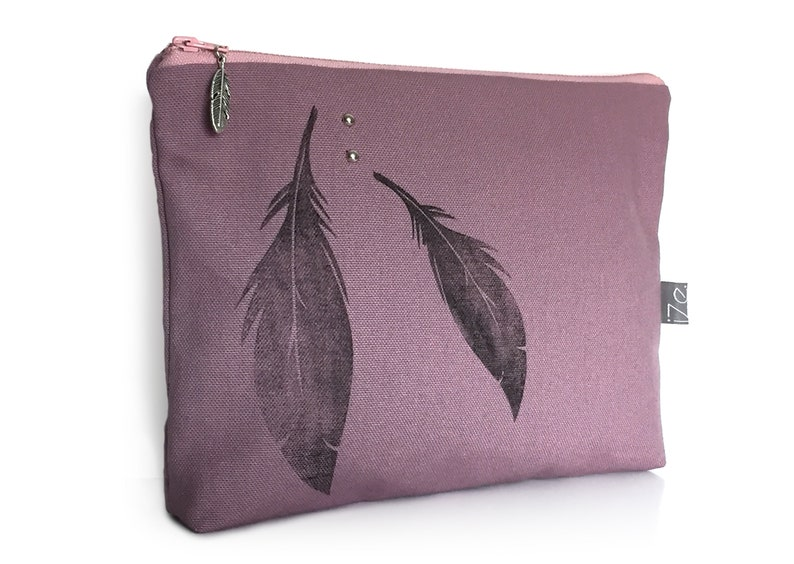 Parma feather clutch image 0