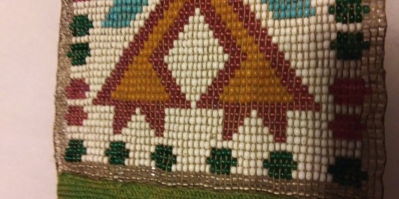 North American Indian Glass Bead Work  Beautiful X Designs  Case Not Included  Antique Indian bead Work