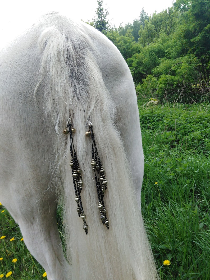 Halloween wedding Mane beads for horse Costume mane and tail 2 clips Show dangler mane extensions
