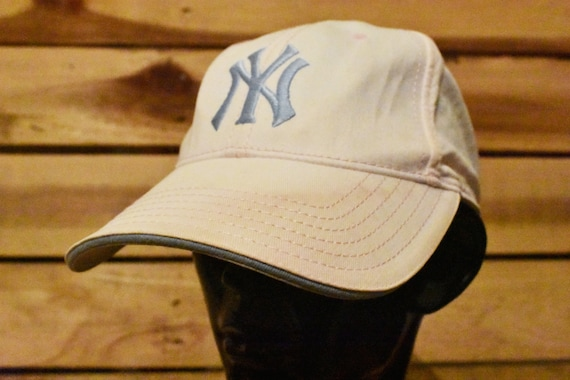 ff0ad40e154 Vintage New York Yankees Pink And Blue Hat