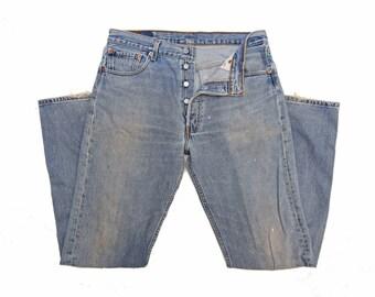 Levis/501/ Jeans/ Vintage Jeans/ Light Denim/ Button Fly/ Straight Leg/ W34 L34 / Mens