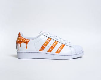 sports shoes 586be b8509 Custom Adidas Superstar