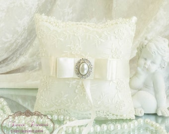 Wedding Ring Pillow, Lace Ring Bearer Pillow, Wedding Pillow, Lace Ring Pillow, Ring Bearer pillow, Ivory Ring Pillow, Wedding Ring Box