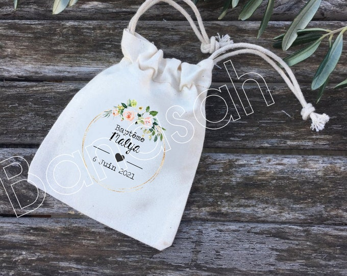Dredged pooches or personalized cotton gifts for Wedding or Baptism with first names, date of your choice! wedding guest gifts