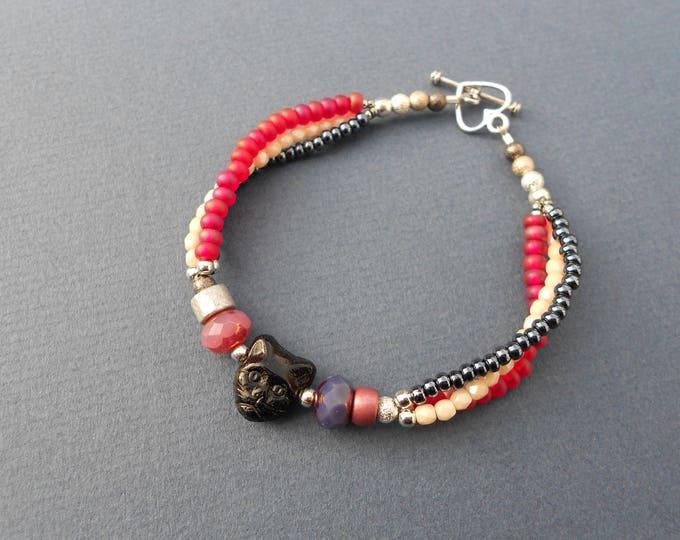 Black Cat bracelet,Three strand bracelet,Multicolour bracelet,boho bracelet,Cat bracelet,beaded bracelet,pink bracelet