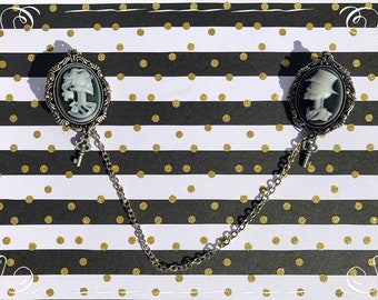 Vintage inspired black n white resin cameo collar clips -female and male skeletons- silver chain connection- small key charm - Goth style