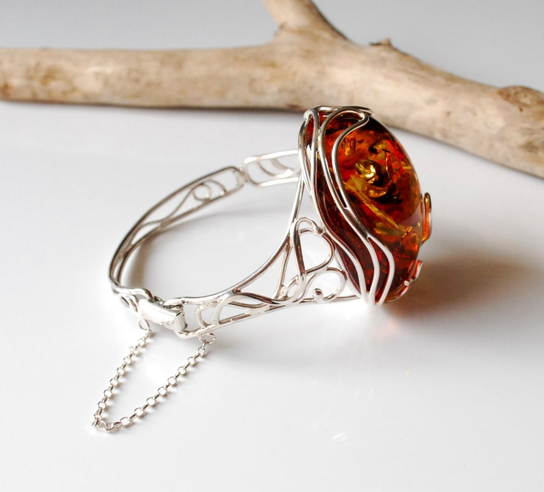 Romantic Style Amber Bracelet 42,1 g Natural Red And Gold Baltic Amber Bracelet Bright Amber Bracelet Amber Silver Cuff Bracelet