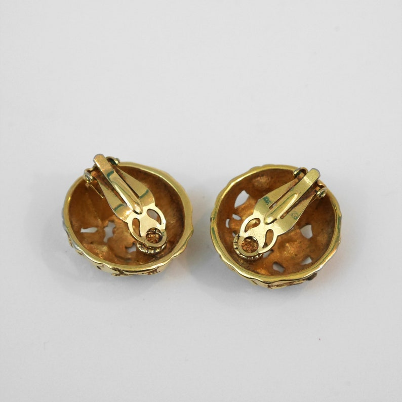 Necklace Pendant Shoe Clips Vintage Round Gold Clip On Earrings Blue and Pink Gem Stones Floral Design
