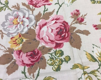 Roses and Berries Vintage Cotton Fabric
