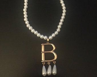 89bf90d9d2 Anne Boleyn Pearl necklace