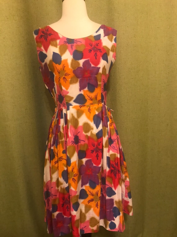 Early 1960's Floral Print Day Sleeveless Day Dress