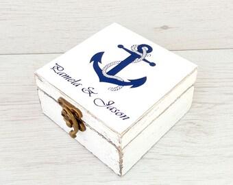 Nautical wedding ring box, Sea wedding, Ring box beach, Personalized wedding box, Wooden ring box, Ring bearer box, Wedding ring holder